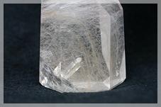 水晶 in 水晶(貫入水晶)
