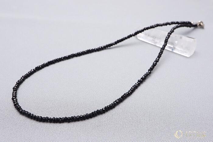 ブラックスピネル 50cmパワーストーンネックレス