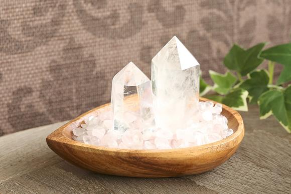ローズクォーツさざれ浄化セット(水晶ポイント×2本、アカシア木製皿・ドロップ)
