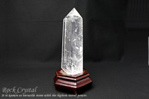 水晶ポイント台付き(808g)106272